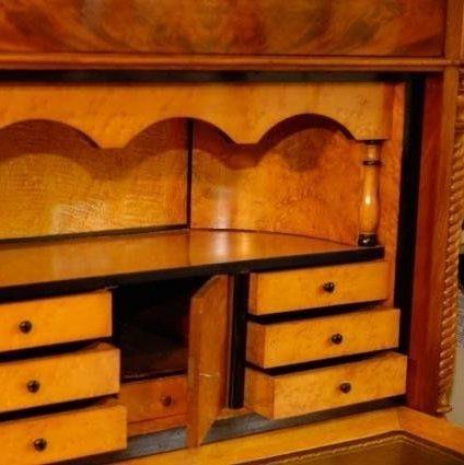 Antiek Care Foekje ten Cate restaureert bij FINE art & antiques fair