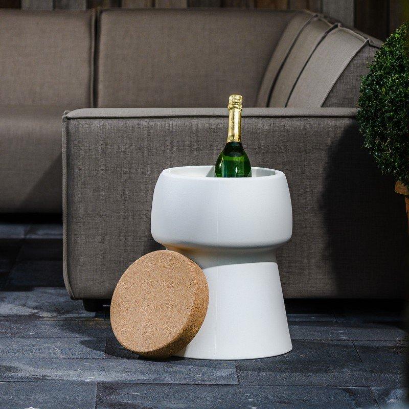 Bubalou champagnekoeler en outdoor sofa`s zijn te zien op Exclusive Spring Fair
