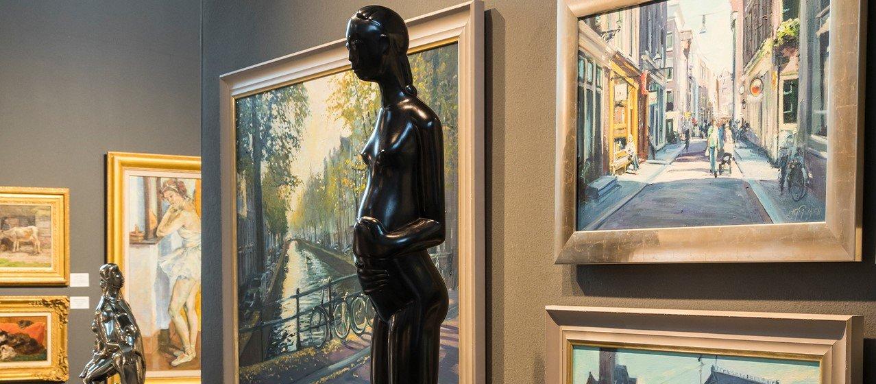 FINE art & antiques fair in Baarn