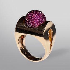 Statement Jewels at FINE art & antiques fair